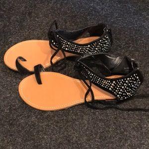 Super chic sandals!